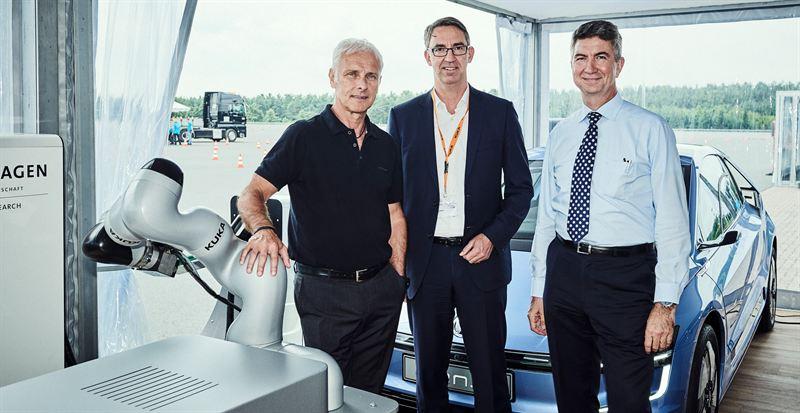 Volkswagen-konsernin ja KUKA AG:n yhteistyösopimus