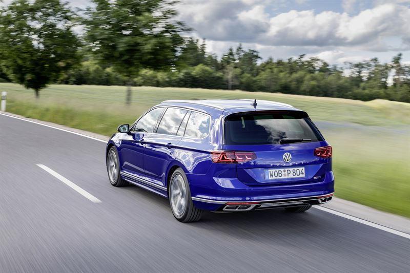 Uudistunut Volkswagen Passat Variant