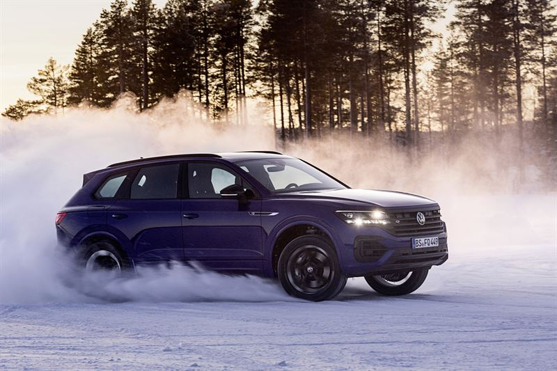 Uusi Volkswagen Touareg R ladattava hybridi
