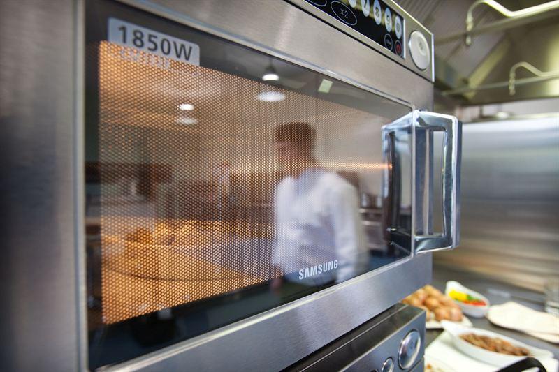 30 Programme Microwave Oven Nisbets Shows Samsung S Big