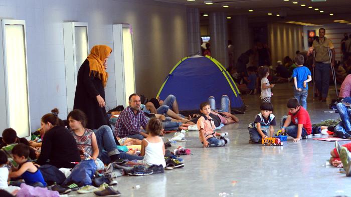 ICA-butiker skänker till människor på flykt