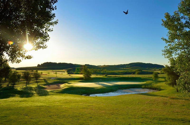 Banbild frn Hinton Golf Club  Rnnebck