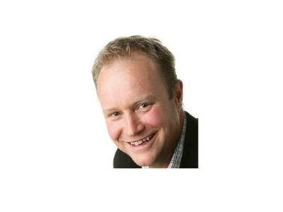 Henrik Gyllenhammar - Industrial Solutions