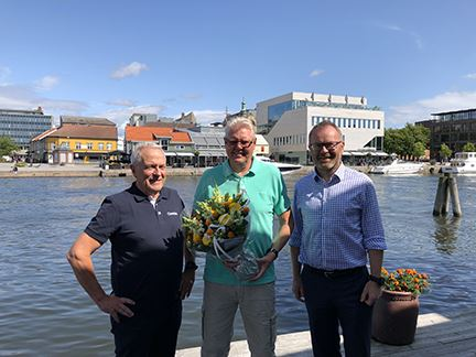 From left Reidar Jrgensen Department Leader at stfold Syd Rolf Johansen and Knut Gaaserud Executive Vice President Caverion Norway