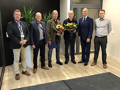 From left Markku Salonen Region Manager Sakari Toikkanen Executive Vice President Industrial Solutions Teuvo Valjakka VeliMatti Vehvilinen Ari Lehtoranta CEO of Caverion Group and Jussi Vesala Unit Manager