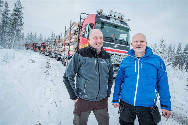 Henrik Engman inkp transport Sveaskog och Lennart Cider projektledare Volvo Lastvagnar