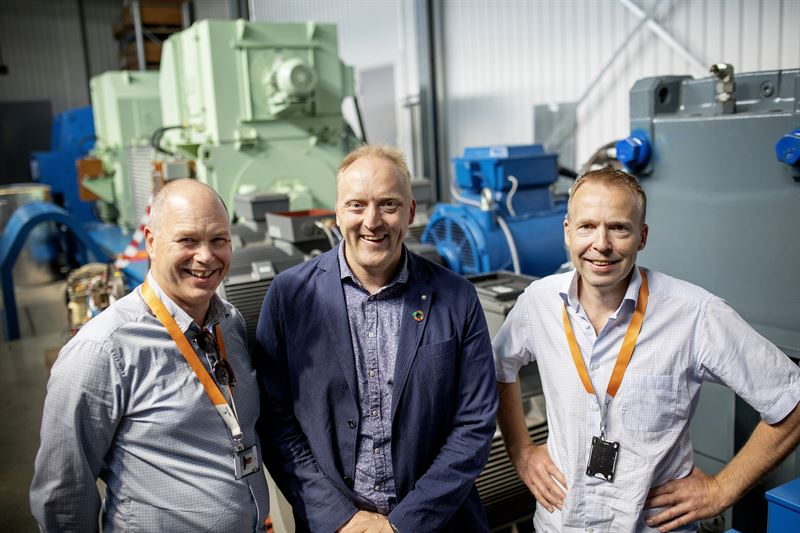 The project leaders pictured at the Sustainable Energy Catapult Centre's test facility at Stord, Norway from left to right: Egil Hystad, Wärtsilä, Willy Wågen, Sustainable Catapult, and Kjell Storelid, Wärtsilä.
