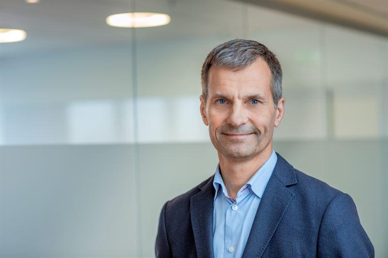 KARL THEDÉEN, CEO