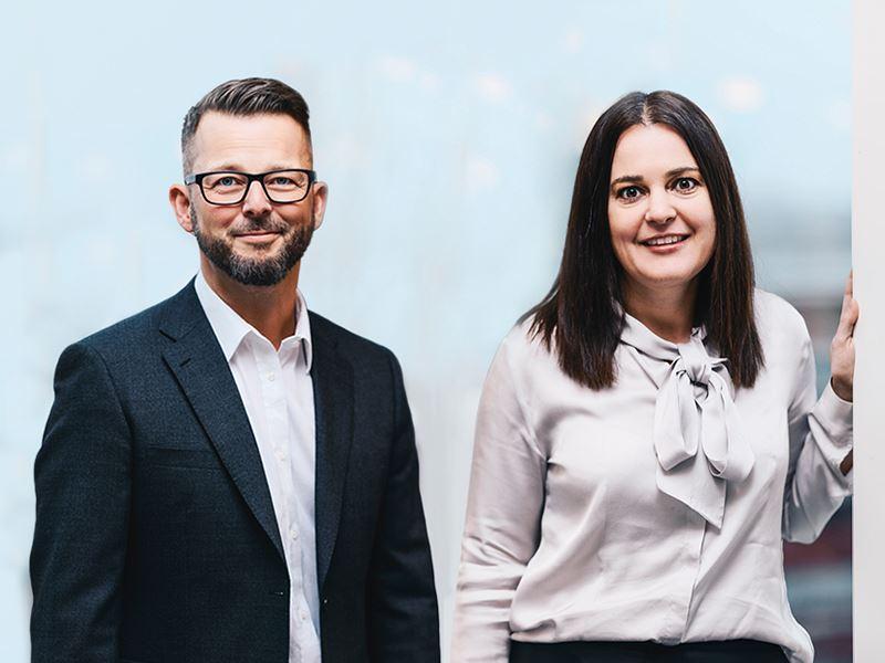 Jesper Svensson, utvecklingschef och Camilla Skoog, försäljningschef på Fortnox