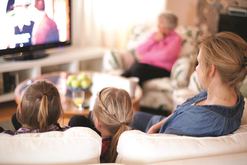 Image_family watching TV