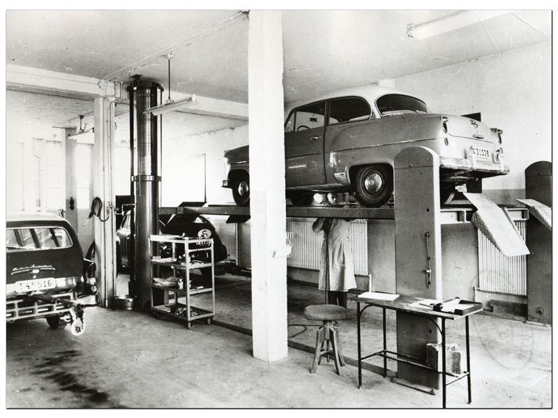 Besiktning av personbil hos Bilprovningen p 60talet
