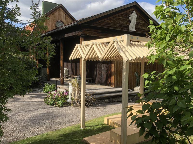 Carl Eldhs Ateljmuseum visar utstllningen Skuggspel med verk av Rahel Belatchew