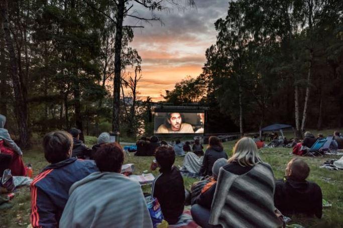 Utomhusbio i Larsberg är tillbaka John Mattsons bjuder på sommarens filmevent
