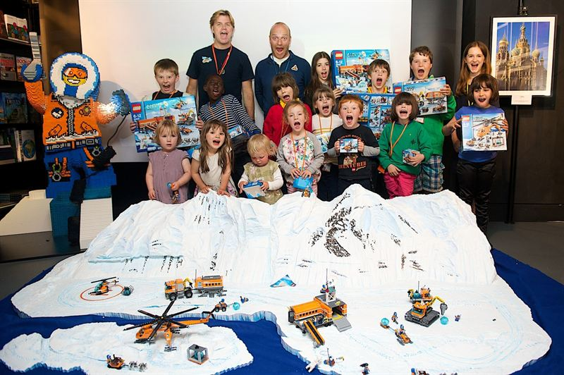 LEGO CITY ARCTIC PLAYS IT COOL IN