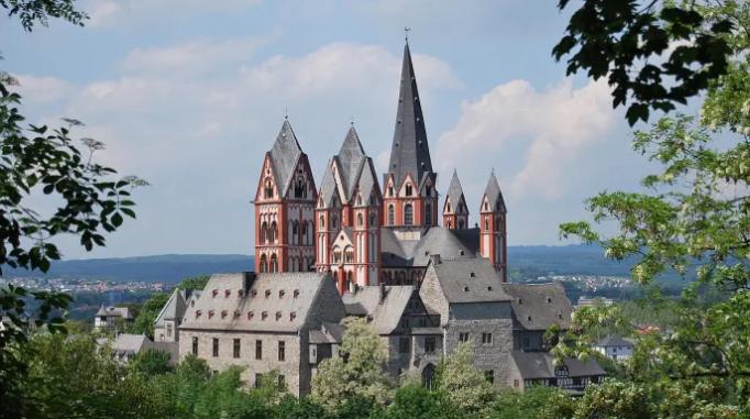 Die Diözese Limburg führt mit ZALARIS SAP HCM/ S4HANA und SAP SuccessFactors ein