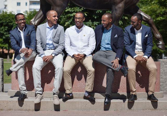 De frsta anstllda Mustafa Ibrahim Abdirahman Ahmed samt grundarna Ali Mohamed Yosef Mohamed och Khalid Qassim