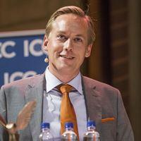 Joel Eklund tar emot Export Hermes 2016
