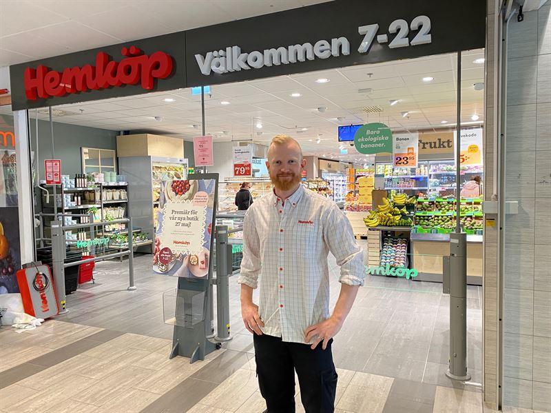 Fredrik Lindqvist Hemköp Lerum entré