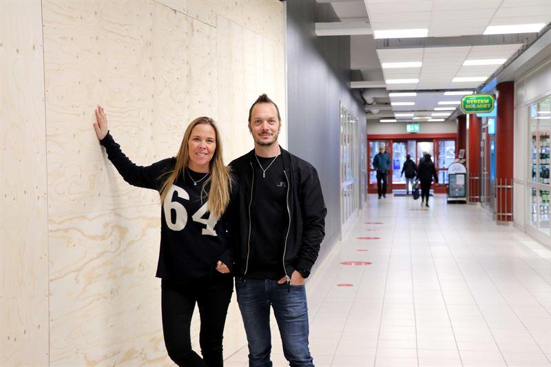 Maria och Love Sandström Åbom handlare Hemköp Mora