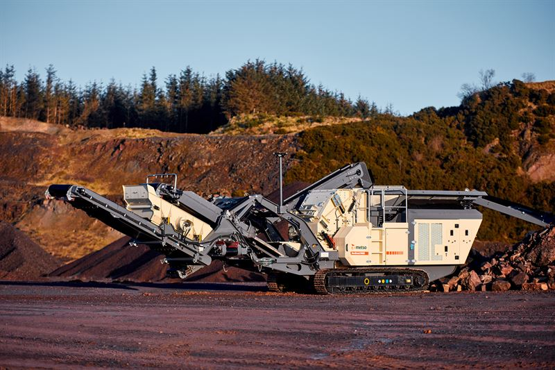 Metso Nordtrack I908S mobile impactor plant  part of the new mobile Nordtrack crushing and screening product range for the aggregates industry