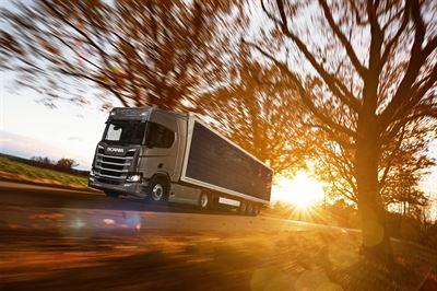 Solceller på lastbilssläp
