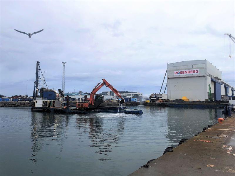 Spesialist p undervannsarbeid Sjentreprenren startet i februar i r utdypingsarbeidene ved Rosenberg Worleyverftets kaianlegg i Stavanger