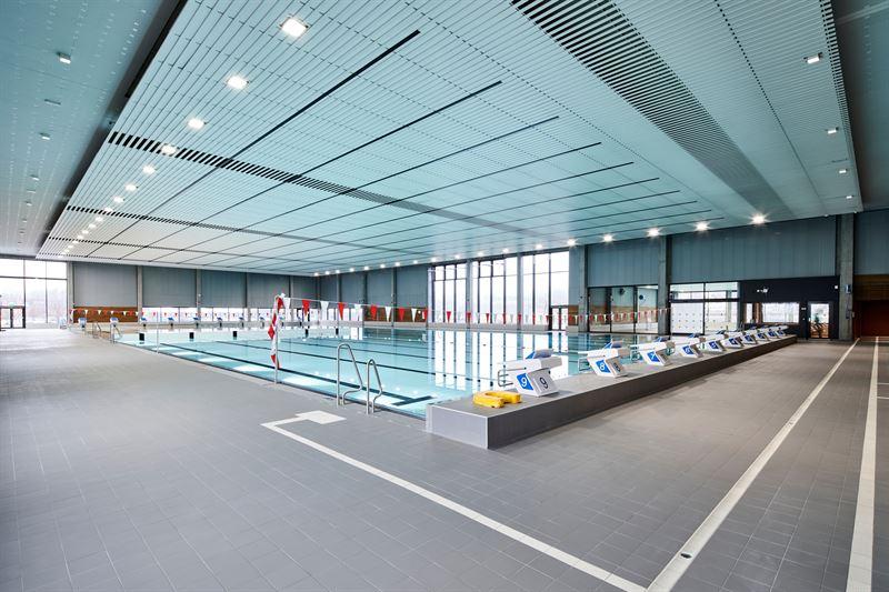 Rud svmmehall har blant annet et 50 x 25 meters treningsbasseng med fullverdig olympisk strrelse