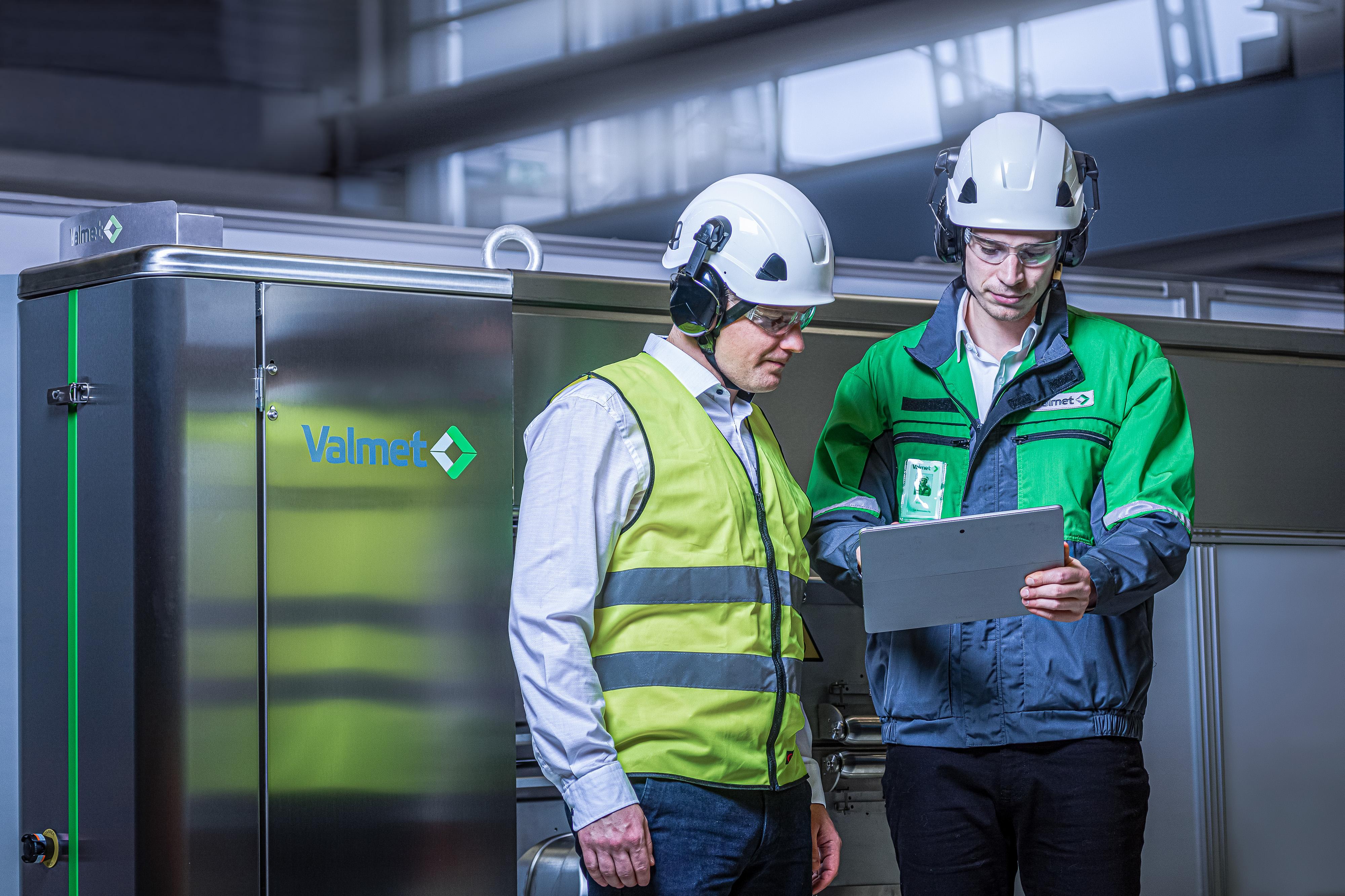 Uudistettu Valmet IQ -laadunhallintajärjestelmä yhdistää laatudatan kuidusta lopputuotteeseen ja vie kohti autonomista tehdasta.