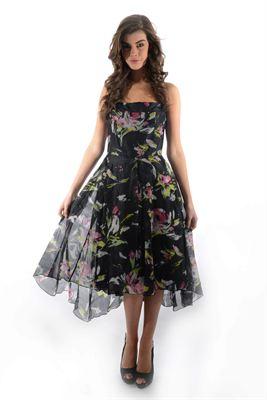 Frugal Fashionistas Rejoice! DressYouHire Offers Designer
