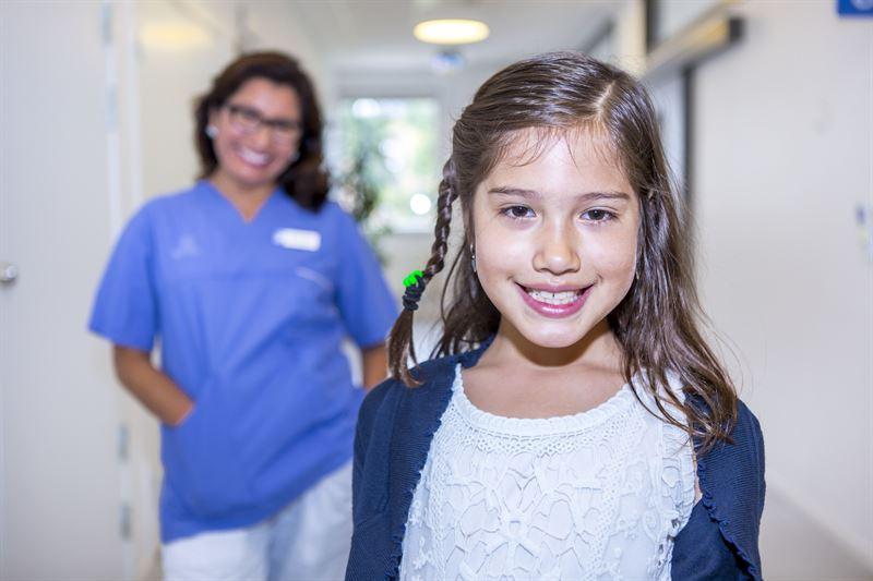 Barnpatient p en av Folktandvrden Stockholms kliniker