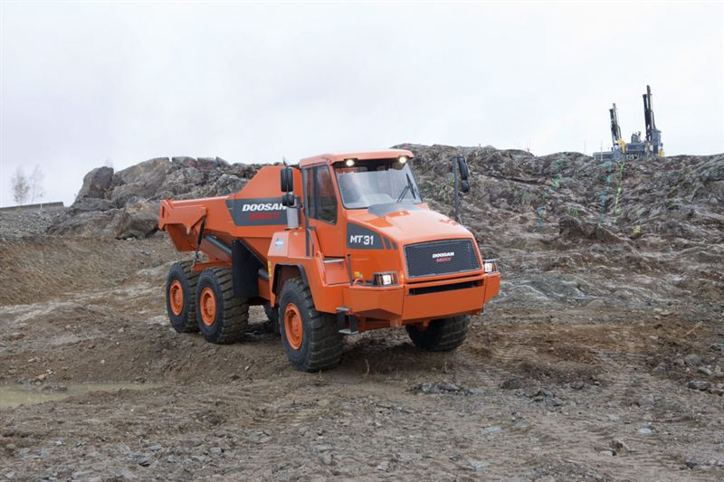 Scania and Doosan Infracore extend their cooperation - Scania