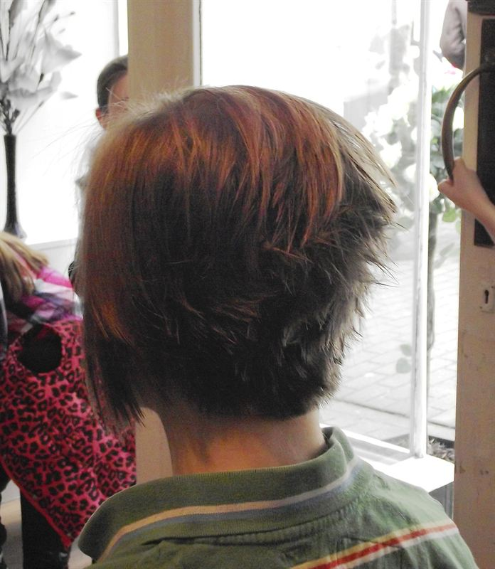 11-year-old Katilin Cocks now has a pixie-style hairdo after ...