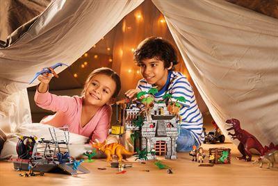 På jakt efter leksaker som låter barnen vara sig själva
