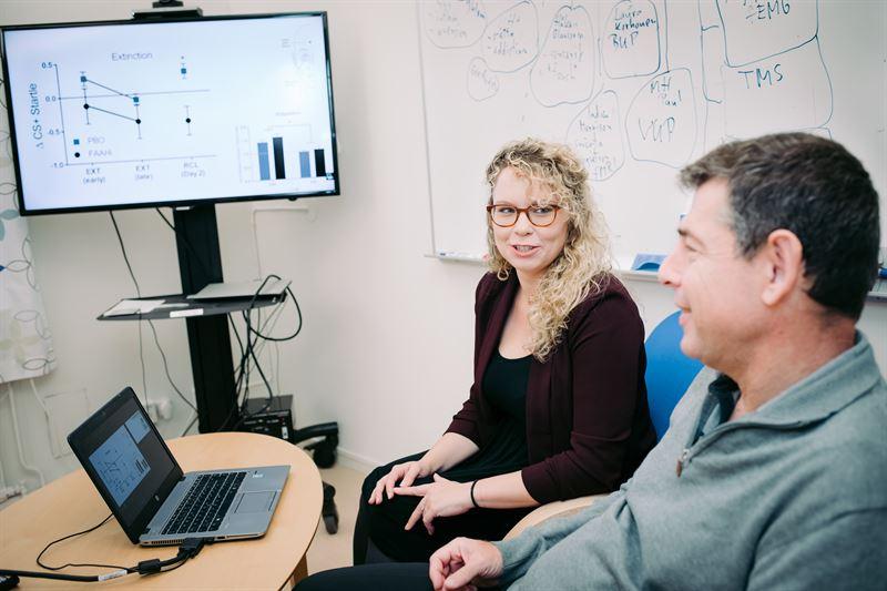 Professor Markus Heilig och frste forskningsingenjr Leah Mayo vid Linkpings universitet
