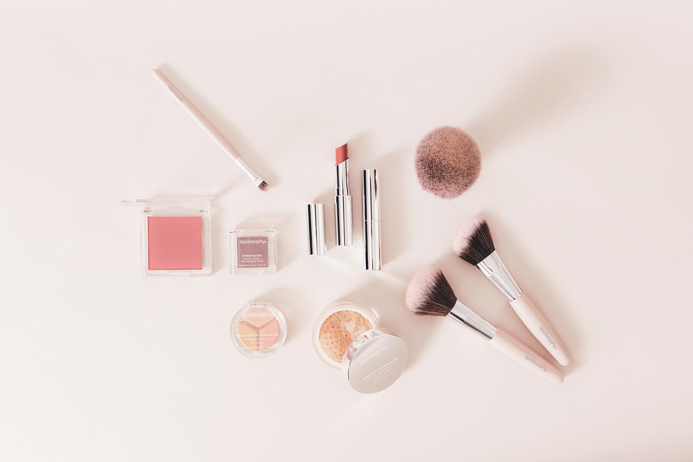 Apolosophy Makeup - Makeupnyheter för känslig hy från Apotek Hjärtat aac3bce9ab696