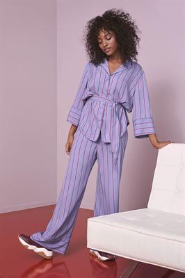 4ed7d2fa10 Švédská značka Lindex spouští koncept Váš chytrý šatník. Pomocí tohoto  dlouhodobého konceptu chce módní značka vést své zákazníky ke zodpovědnému  nakupování ...