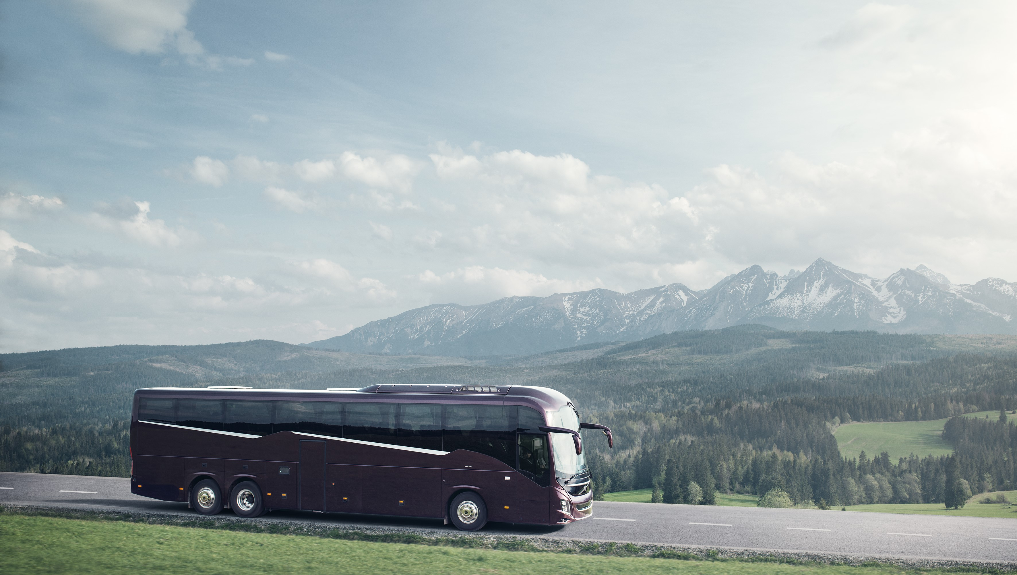Volvo Wins Coach Of The Year 2019 Award In Spain Volvo Buses
