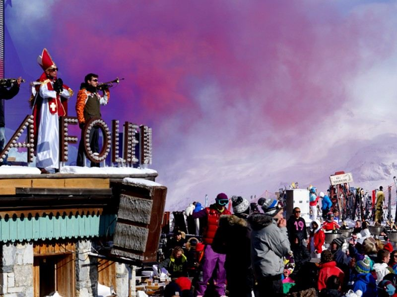 La Folie Douce Val D Isere Does Bodos Schloss London And Vice