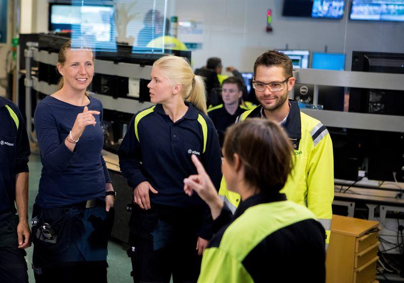 """Södra är en av huvudsponsorerna till """"Introduce a Girl to Engineering day"""" (IGEday). / Södra is one of the main sponsors of Introduce a Girl to Engineering day (IGEday)"""