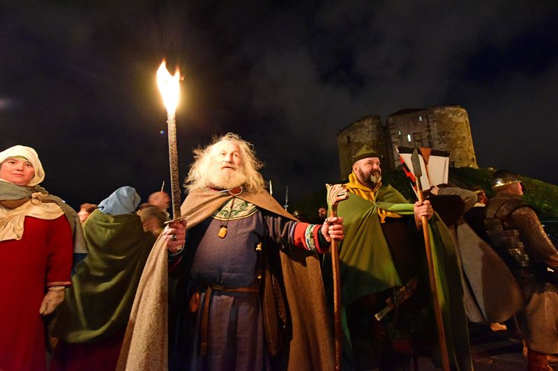 Mead Tasting and Beard Contests: Ready for Jorvik Viking Festival?