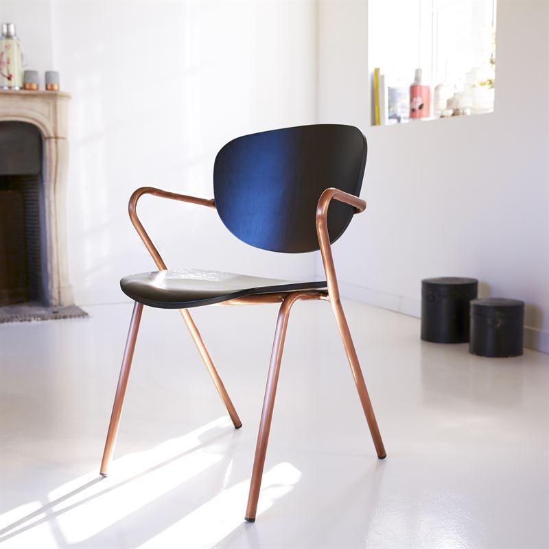 Stuhl aus Metall und Eiche oder Walnuss 99