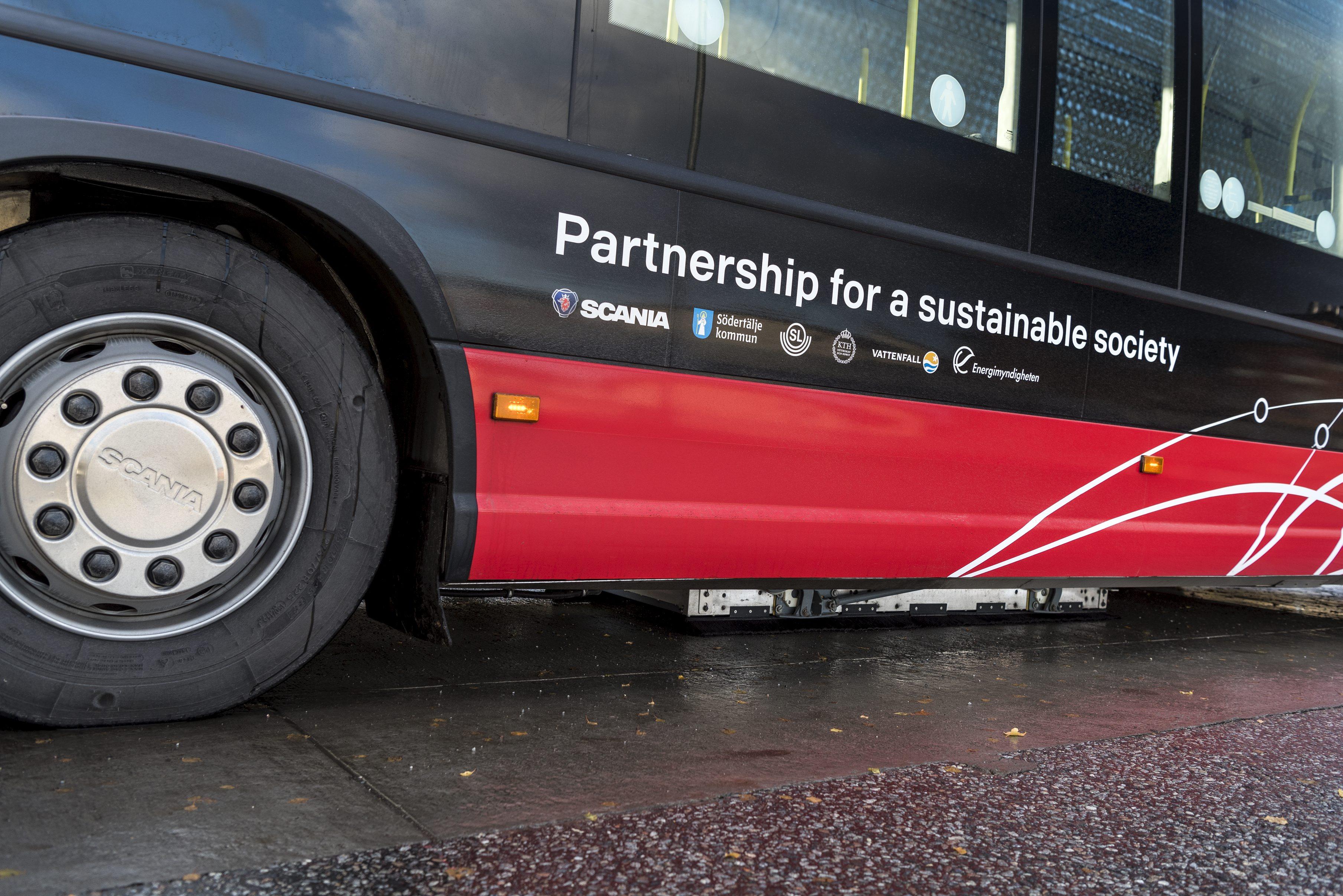 Induktiv laddning buss