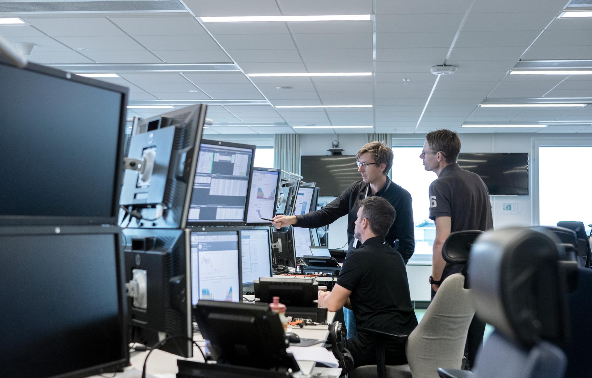 Large Screen 72 DPI-Vattenfall Trading Floor 01 2019