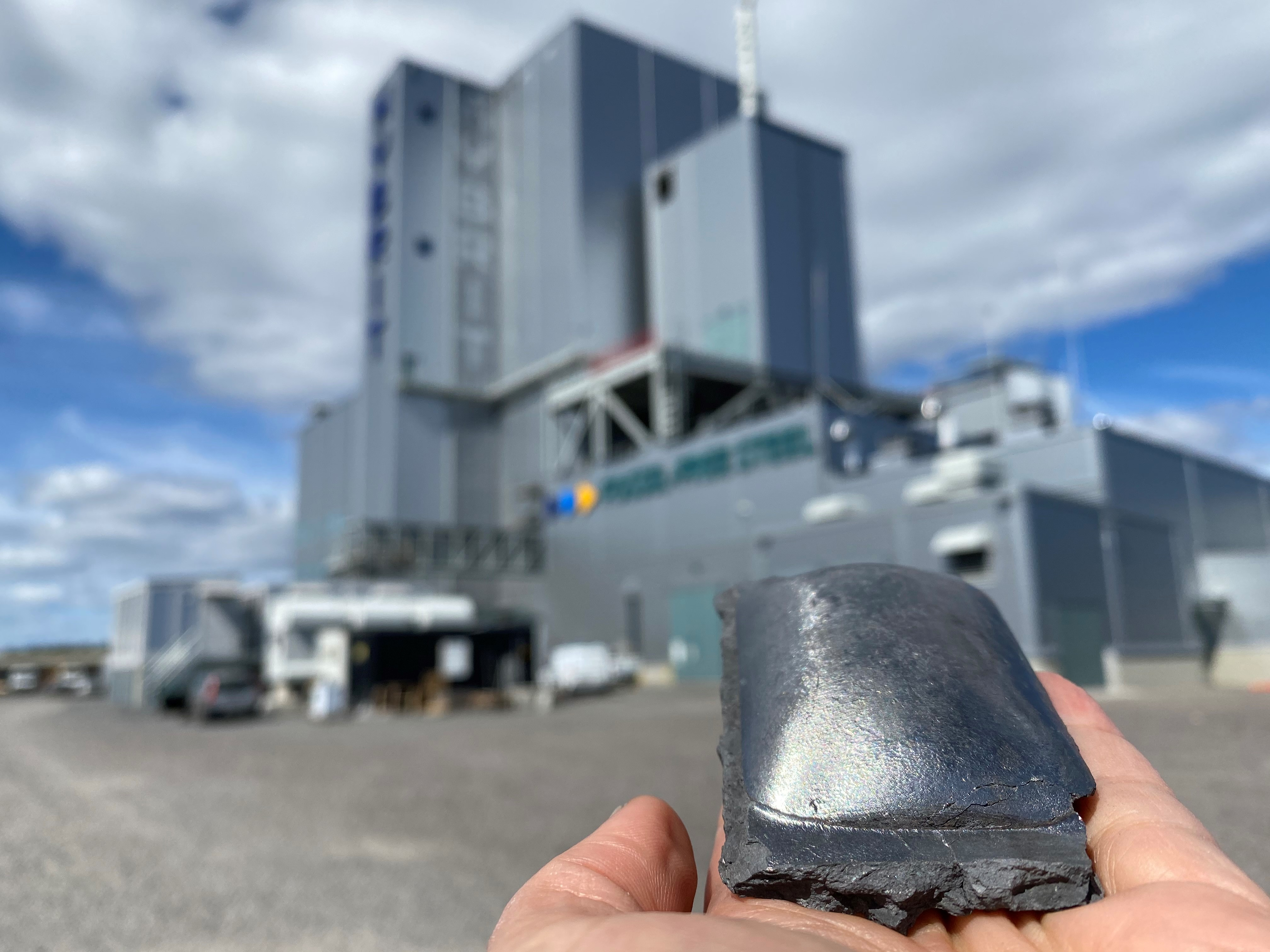HYBRIT: fossil free hydrogen-reduced sponge iron. Photo: Åsa Bäcklin