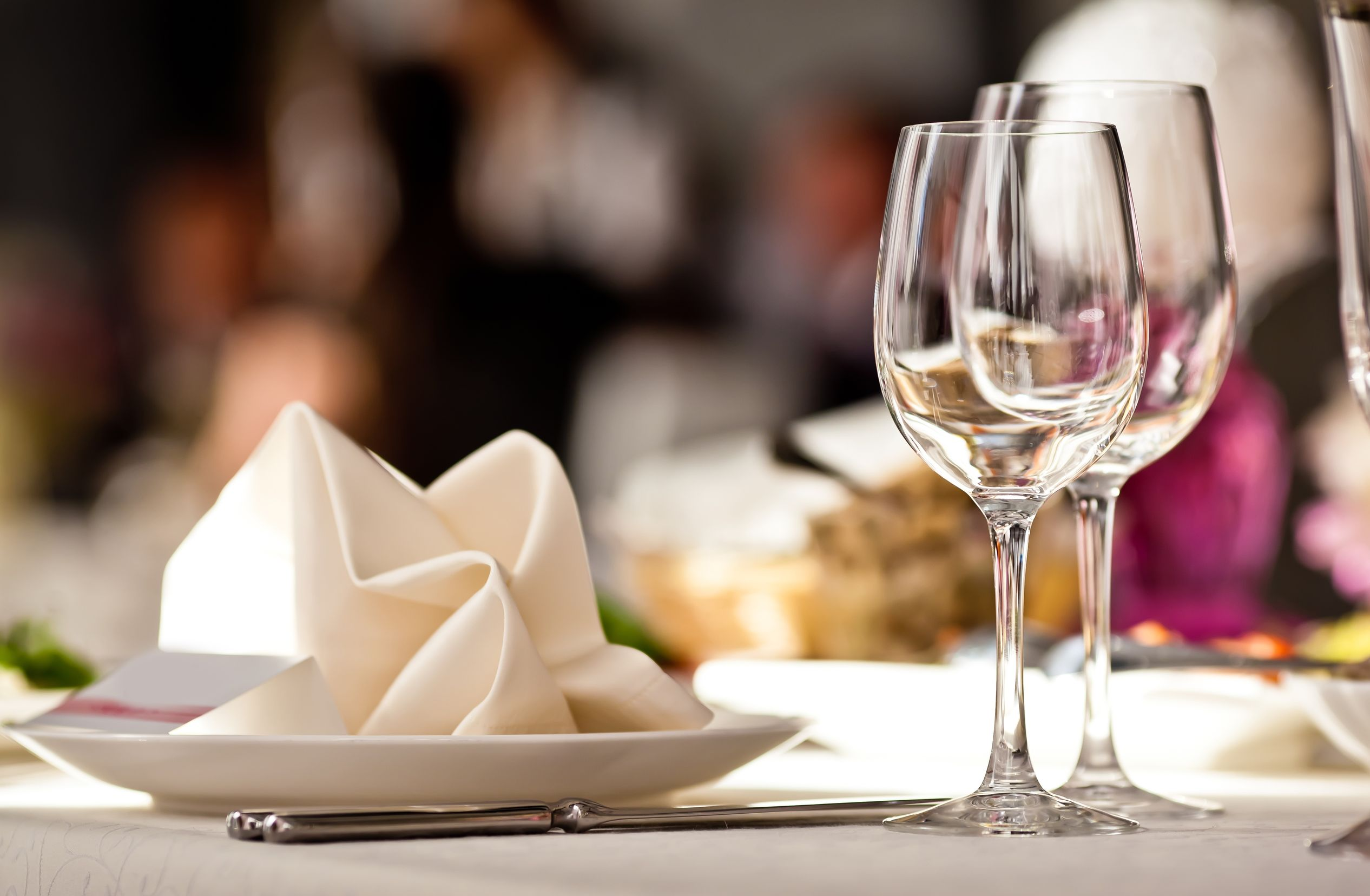 Luxury Restaurant Table Yachting Pages