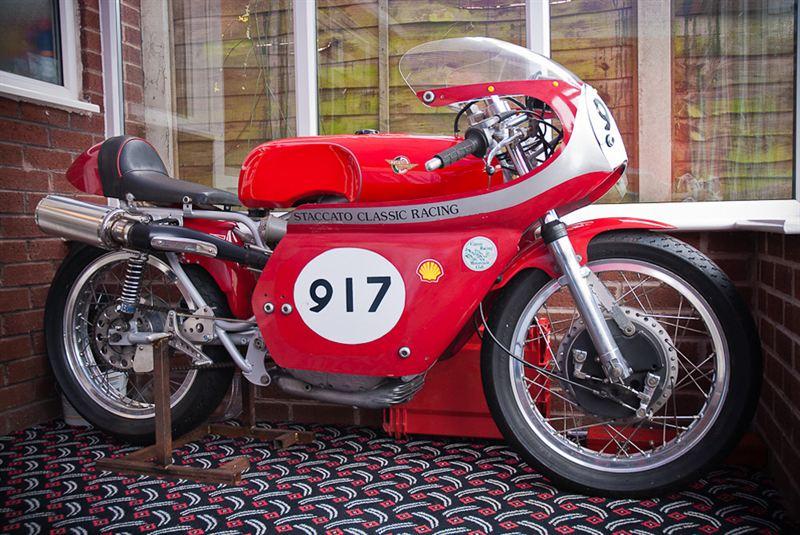 1968 Ducati Heads Italian Flair At Race Retro Sale Silverstone