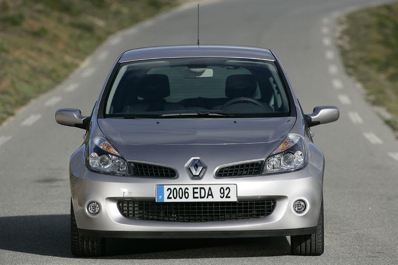 Uusi Clio Renault Sport Hyodyntaa F1 Osaamista Volvo Car