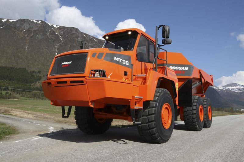 Photo of Doosan Moxy dumper - Scania