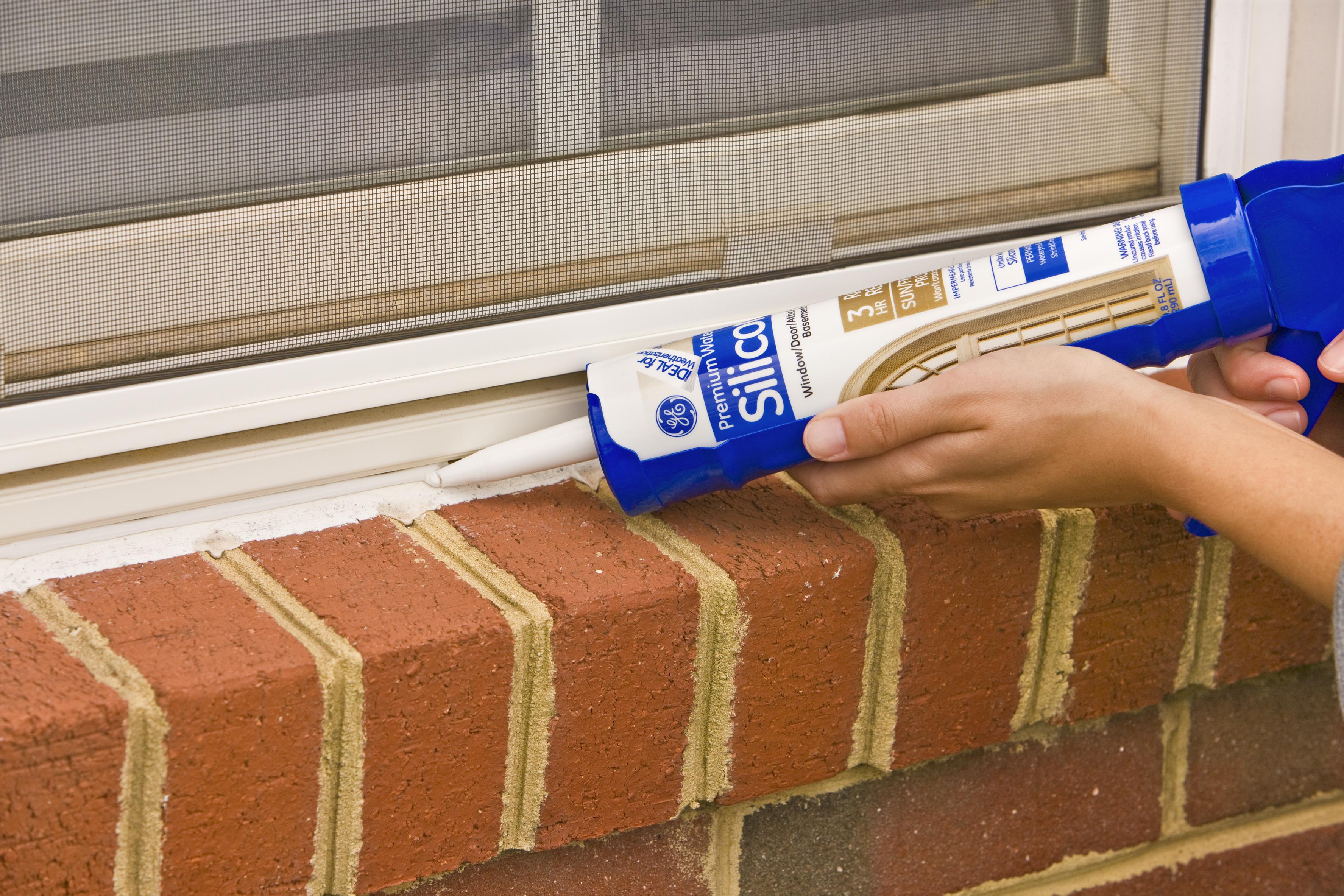 GE Silicone II* Window & Door caulk - GE sealants